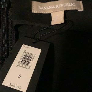 Banana Republic Dresses - NWT Banana Republic black dress, size 6